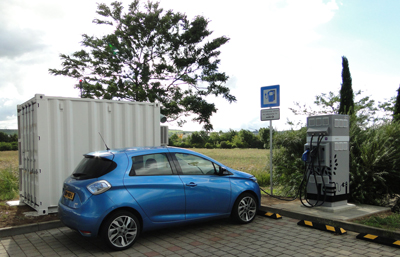 2017_08_24_Renault_and_Connected_Energy_QuickCharging_Partnership__Image