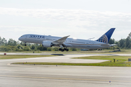United Airlines, Boeing 787-9